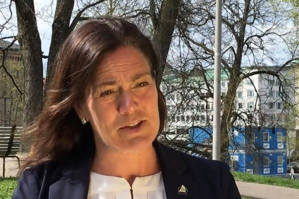 Parlamentarzystka w szwedzkim parlamencie, Ann-Sofie Alm